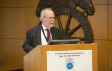 Dr. Eric Arnesen